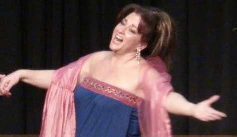 Βραδιά οπερέτας με την Αθηνά Τσολάκου