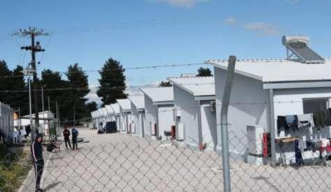 Ριτσώνα: Νεκρή 27χρονη πρόσφυγας με κορονοϊό